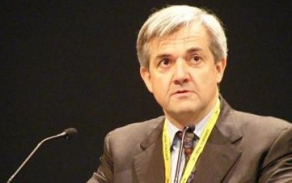 Huhne says energy crunch could rival credit crunch