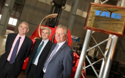 Huhne opens £20m wind turbine factory