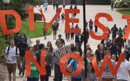 'It's me or the fossil fuels', students tell uni