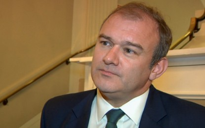 Davey wants new suppliers to seize third of energy market
