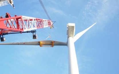 First two turbines in at Humber Gateway wind farm