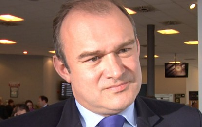 Ed Davey unveils strategy for global climate deal