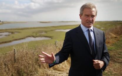 "Paterson slams ""straightjacket"" UK energy policy"