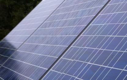 "USA slaps ""harsh"" tariffs on Chinese solar panels"