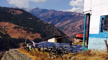 Solar panels at Solukhumbu, a popular destination for mountain tourism, in Nepal. Image: ELN