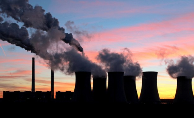 Fossil fuels favoured over smart tech, UK MPs say