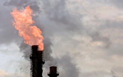Major oil firms, nations commit to end gas flaring