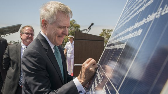 Secretary of the Navy Ray Mabus at the signing ceremony. Image: US Navy