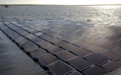 Work starts on London's floating solar array