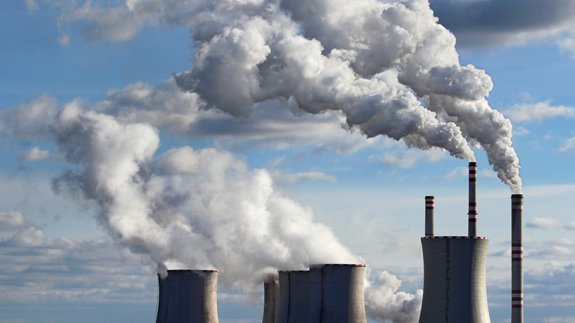 A coal plant. Image: Shutterstock