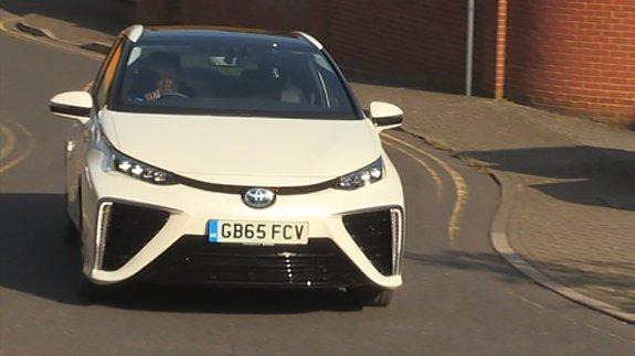 The hydrogen-powered Toyota Mirai.   Image: ELN