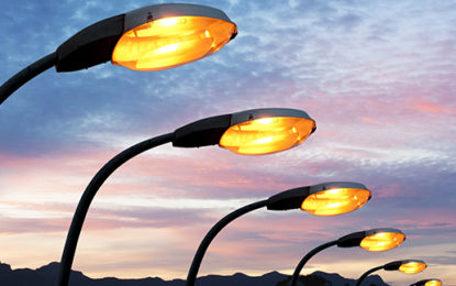 Calls for all cities to adopt LED streetlights by 2025