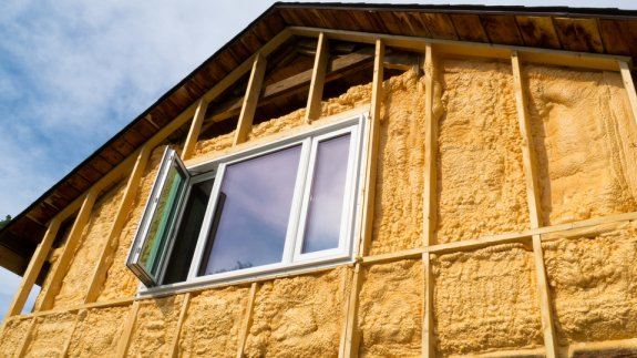 Wall insulation being retrofitted to a house.  Image: Shutterstock