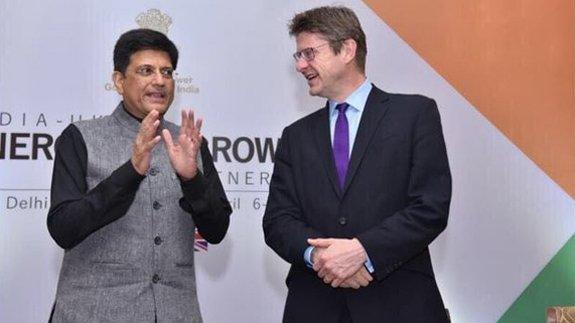 Piyush Goyal, Indian Minister for Power, Coal, New & Renewable Energy and UK Business and Energy Secretary Greg Clark. Image: BEIS