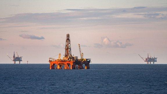 Sea oil pump 575x323
