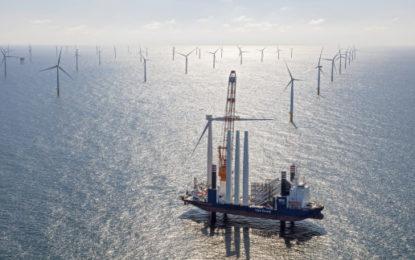 Massive 600MW wind farm opens in Holland