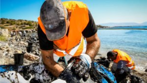 Oil spill forces closure of Athens beaches