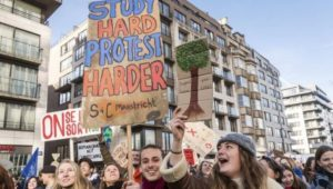 Thousands of students skip school across UK to protest climate change