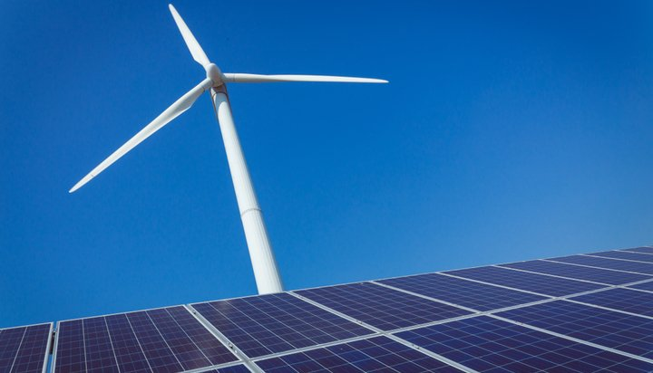 World to get half its power from wind, solar by 2050