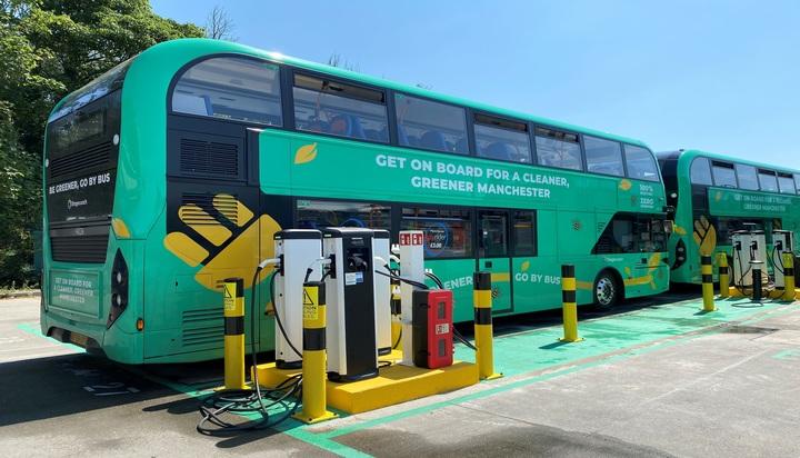 Manchester gets 32 double-decker e-buses