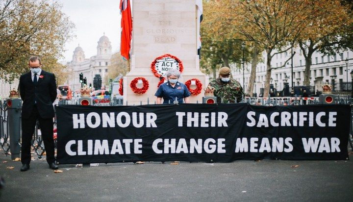 Londoners rage against Extinction Rebellion protest at Cenotaph on Remembrance Day