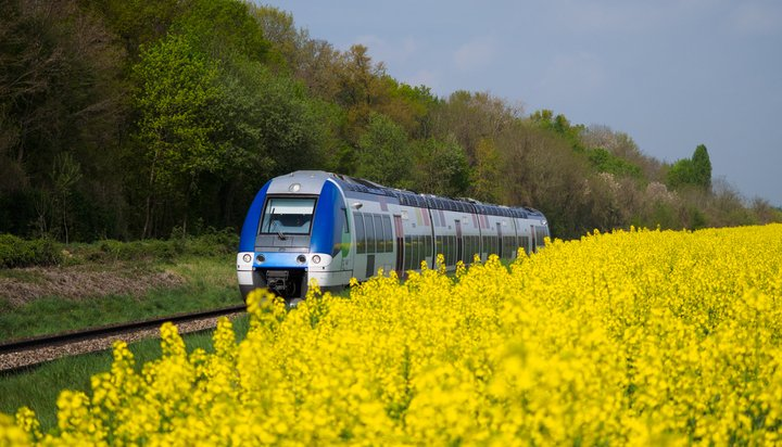 French trains to get on solar tracks with EDF's PV plant