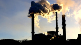 Power plant closures down under 'have slashed air pollution'