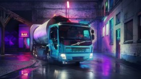Volvo unveils electric dump truck to bin emissions