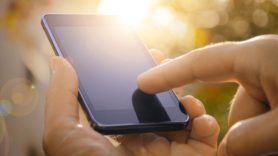 More than 50 mobile operators agree to disclose climate impacts