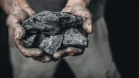 World's coal emissions 'must peak in 2020 to keep climate change in check'