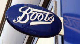 Boots cuts 149 tonnes of plastic from gift range ahead of festive season